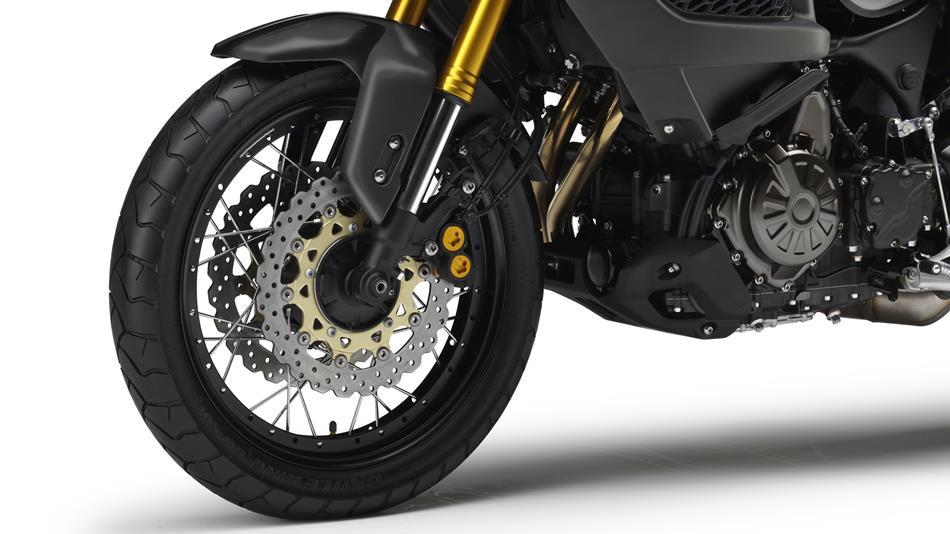 2014-Yamaha-XT1200Z-Super-Tenere-EU-Matt-Grey-Detail-003-osob
