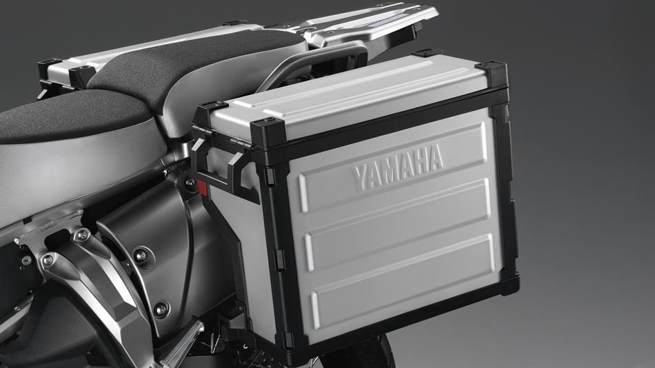 2014-Yamaha-XT1200Z-Super-Tenere-EU-Matt-Grey-Detail-005-osob
