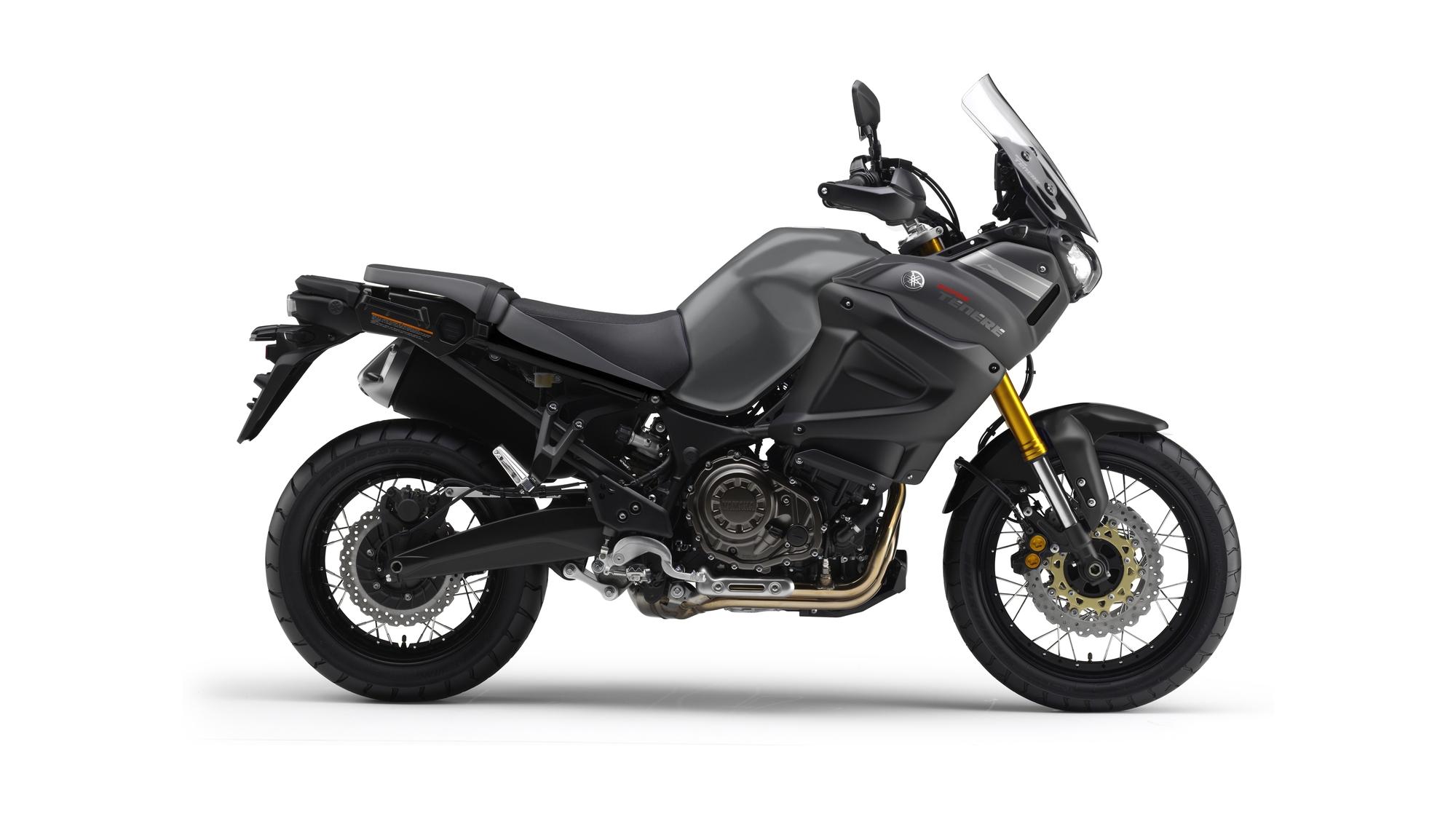 2014-Yamaha-XT1200Z-Super-Tenere-EU-Matt-Grey-Studio-002-osob